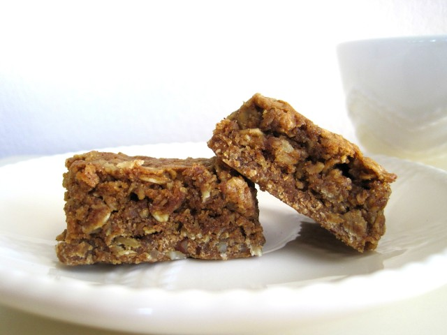 Oatmeal Maple Bars with Graham Pecan Crust