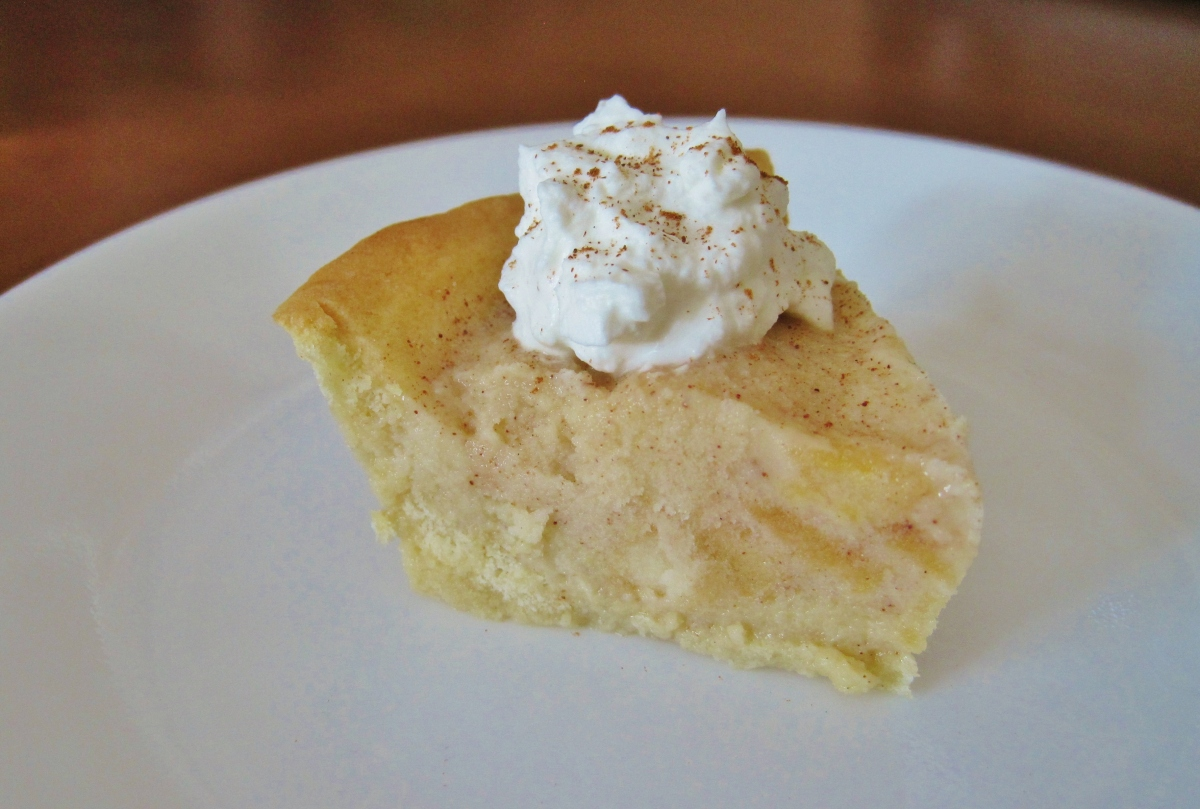 Homemade Apple Pie Gelato in a Sugar Cookie Crust